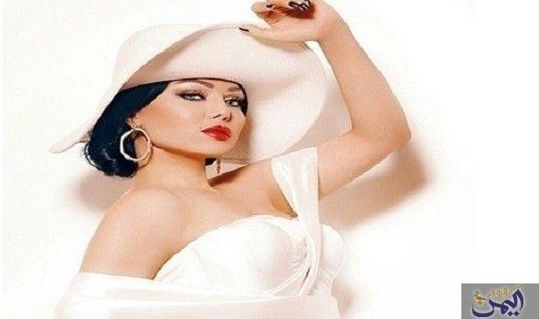 أزمة هيفاء وهبي تتسب ب في إيقاف تصوير Races Fashion Haifa Wehbe Fashion Sketches