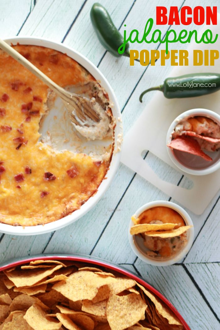 The best and easiest bacon jalapeno popper dip recipe. Great football game food, perfect game day appetizer, yummy appetizer, all around easy dip recipe!