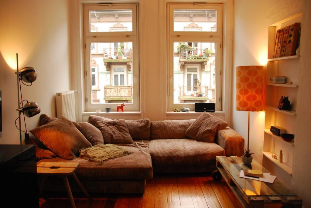 Gemütliches Wohnzimmer mit warmer Beleuchtung #Wohnzimmer - design beleuchtung im wohnzimmer