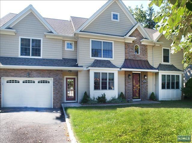 227 Beech Drive South - River Edge, NJ www.RiverEdgeNJRealEstate.com