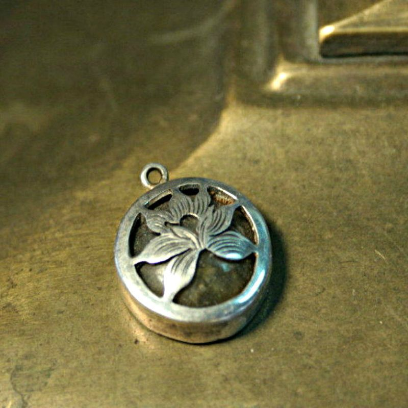 Lotus Labradorite and 925 Sterling Silver Pendant, Charm