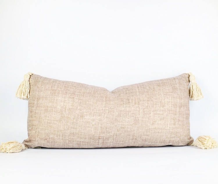 11 X 23 Pillow Cover Please Note The Pillow Insert Is Not Included Belgian Linen In A Dusty Pink On The Front Natura Pink Linen Pillows Lumbar Pillow Cover