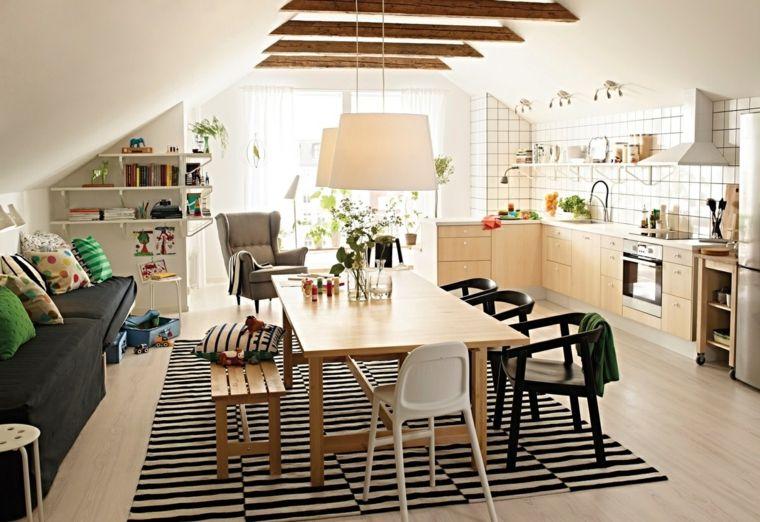 Stanza piccola con cucina soggiorno open space con mobili for Cucina soggiorno piccola