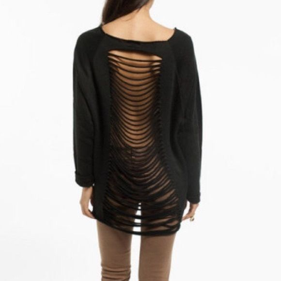 NWOT Tobi Ripped Back Sweater Size small/medium. Never worn. Very comfy and warm Tobi Sweaters Crew & Scoop Necks