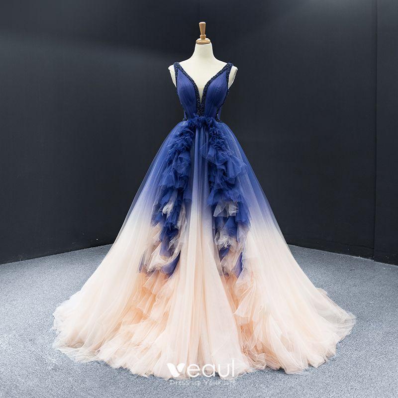 High End Königliches Blau Champagner Festzug Abendkleider 2020 A Linie Tiefer V-Ausschnitt Ärmellos Rückenfreies Perlenstickerei Hof-Schleppe Rüschen Festliche Kleider