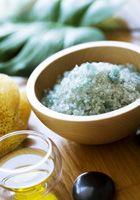 Photo of Recette de gommage au sel d'Epsom Personnellement, j'ai utilisé le sel de bain à l'epsom parfumé du Dr Teal's …