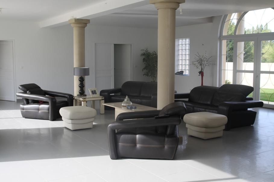 deco-maison-contemporaine-design-11-inoui-photo-maison-contemporaine - decoration maison salon moderne