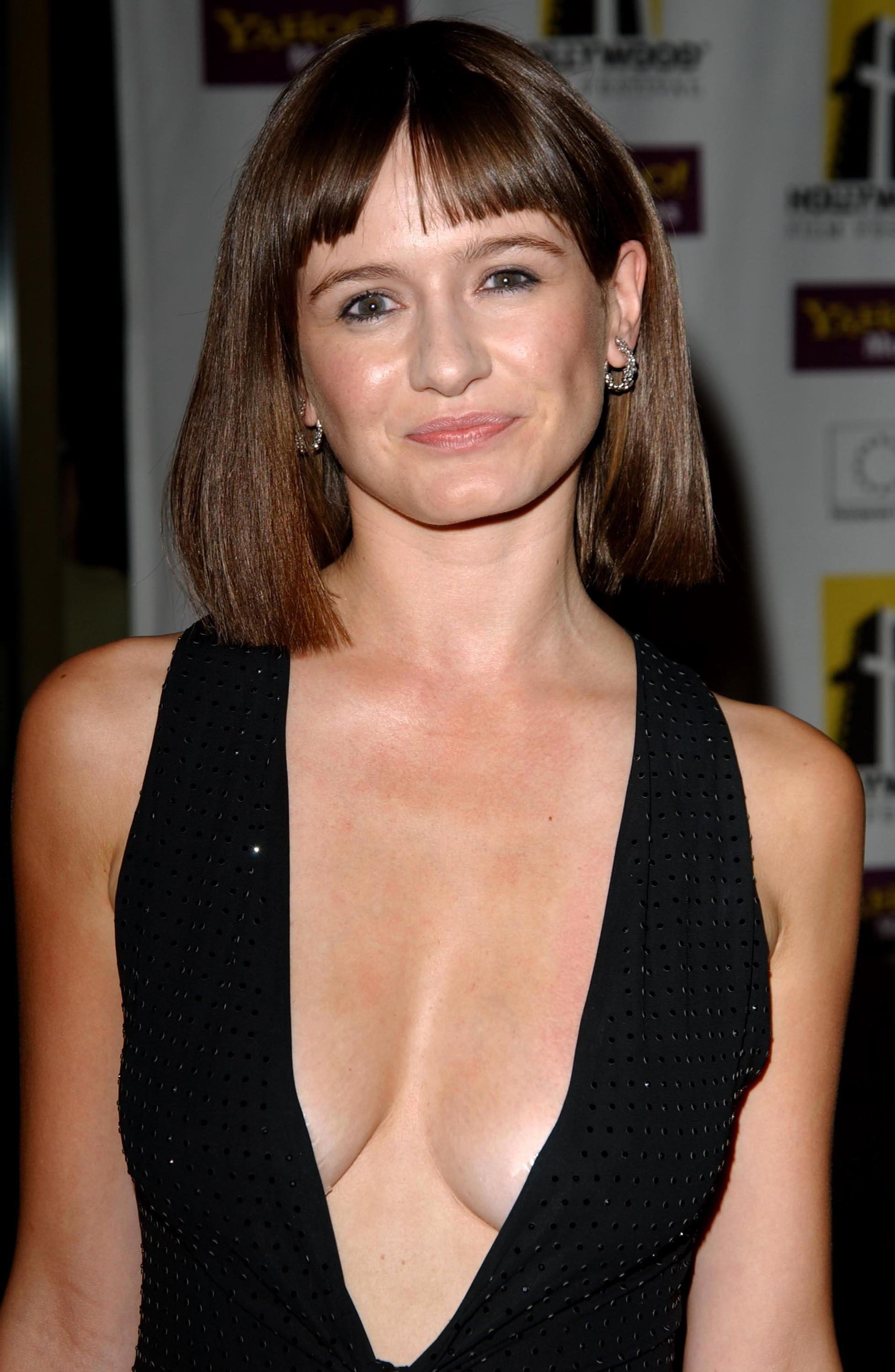 emily mortimer filmemily mortimer eye, emily mortimer age, emily mortimer film, emily mortimer notting hill, emily mortimer filmleri, emily mortimer wdw, emily mortimer fansite, emily mortimer bruce willis, emily mortimer speaking russian, emily mortimer instagram, emily mortimer ewan mcgregor film, emily mortimer vanity fair, emily mortimer, emily mortimer imdb, emily mortimer husband, emily mortimer wiki, emily mortimer and alessandro nivola, emily mortimer twitter, emily mortimer newsroom, emily mortimer actress