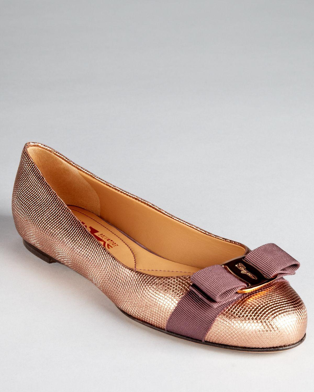 be641cf376e Bailarinas De Ballet · Carteras Monederos · Zapatos · Cenicienta ·  Mocasines · Salvatore Ferragamo Flats - Varina Bow