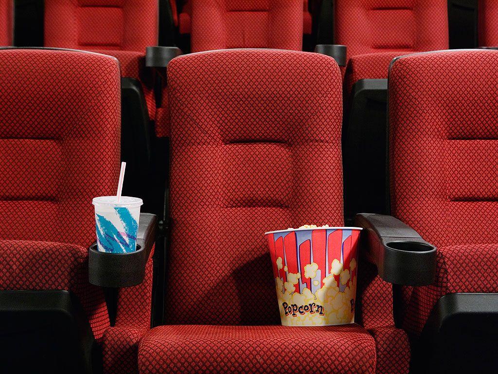 Movie Theatre Employees Reveal Pet Peeves Reddit Movie Theater Summer Movie Theatre Pictures