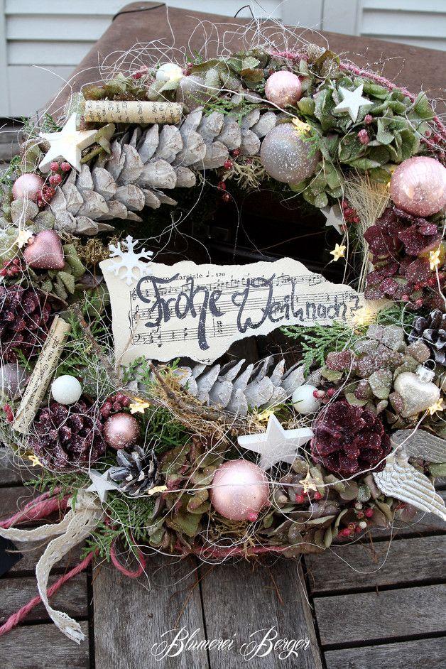 Weihnachtsdeko - :::: Tischkranz  Frohe Weihnacht  :::: - ein Designerstück von BlumereiBerger bei DaWanda #rustikaleweihnachten
