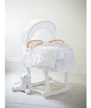 White Moses Basket With Coverlet Nursery Baby Moses Basket Moses Basket Baby Cribs