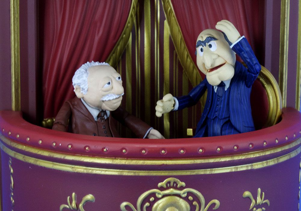 Diamond Select Toys The Muppets Statler /& Waldorf Select Action Figure
