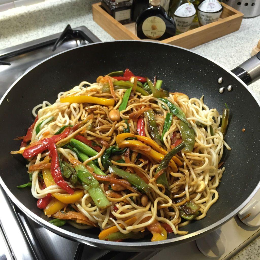 Patlıcanlı Noodle Kavurma