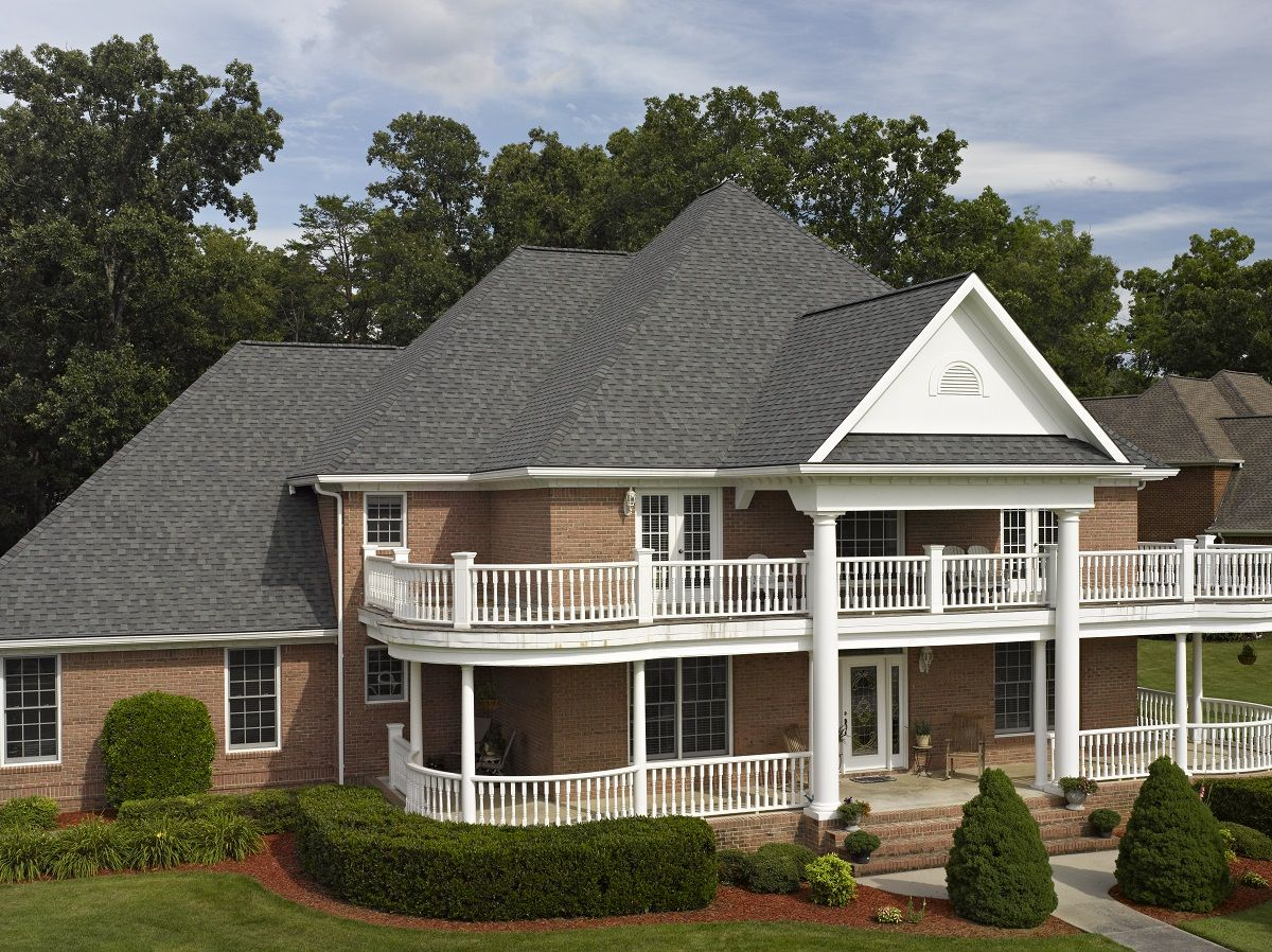 Best Certainteed Landmark Shingle In Colonial Slate Shingle Roofing Roof Pinterest Products 400 x 300