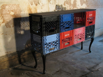 who knew plastic crates could be used so wonderfully for something other than a bike basket :)