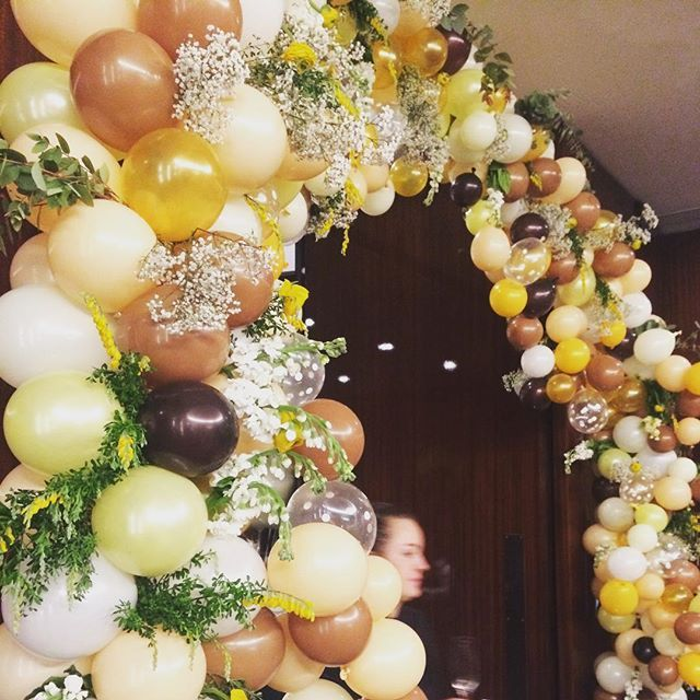 Pin for Later: These Spectacular Floral Wedding Arches Break the Mold Mixed With Balloons