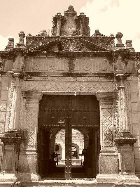 Resultado de imagen para universidad de san carlos antigua guatemala