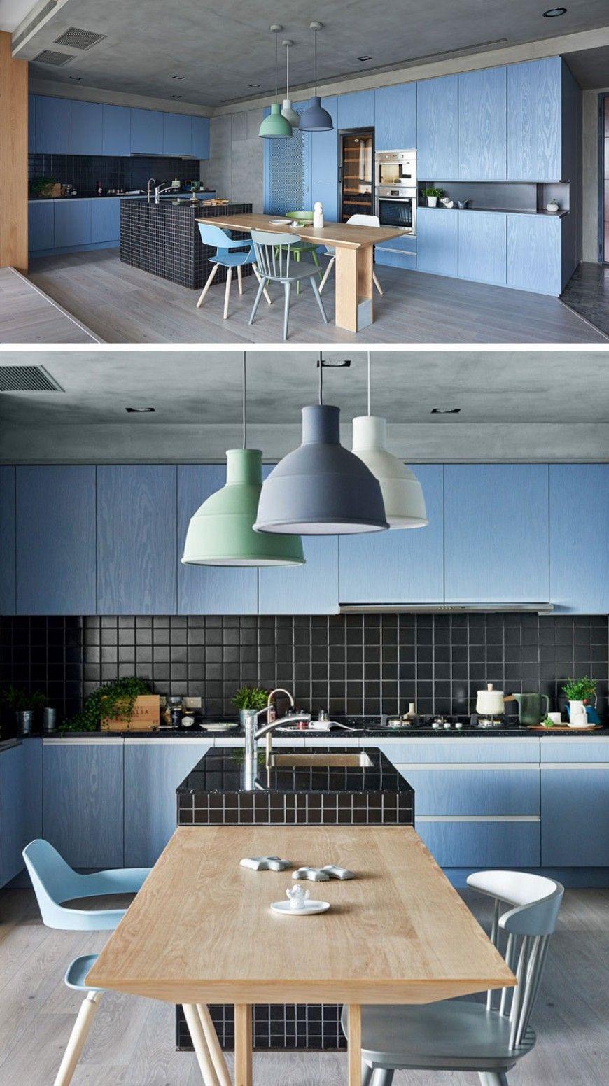 Küche Designs Farbe Inspiration: Moderne Küche mit blauen Schränken ...