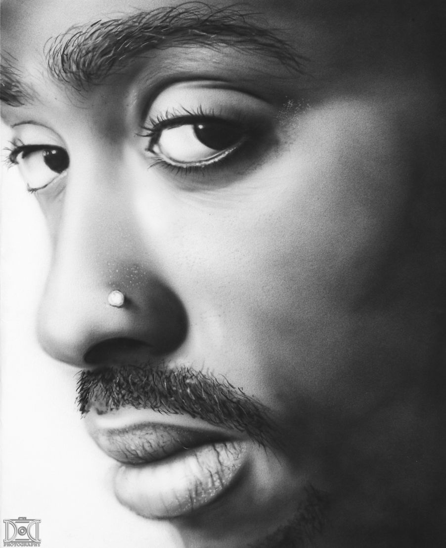 Black and white airbrush portrait of 2pac airbrush airbrushing art