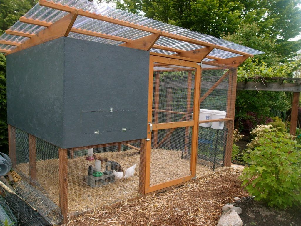 Chicken Coop Roof Ideas
