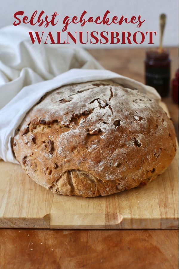 Photo of Walnut Bread | freshly baked with yeast – La Crema