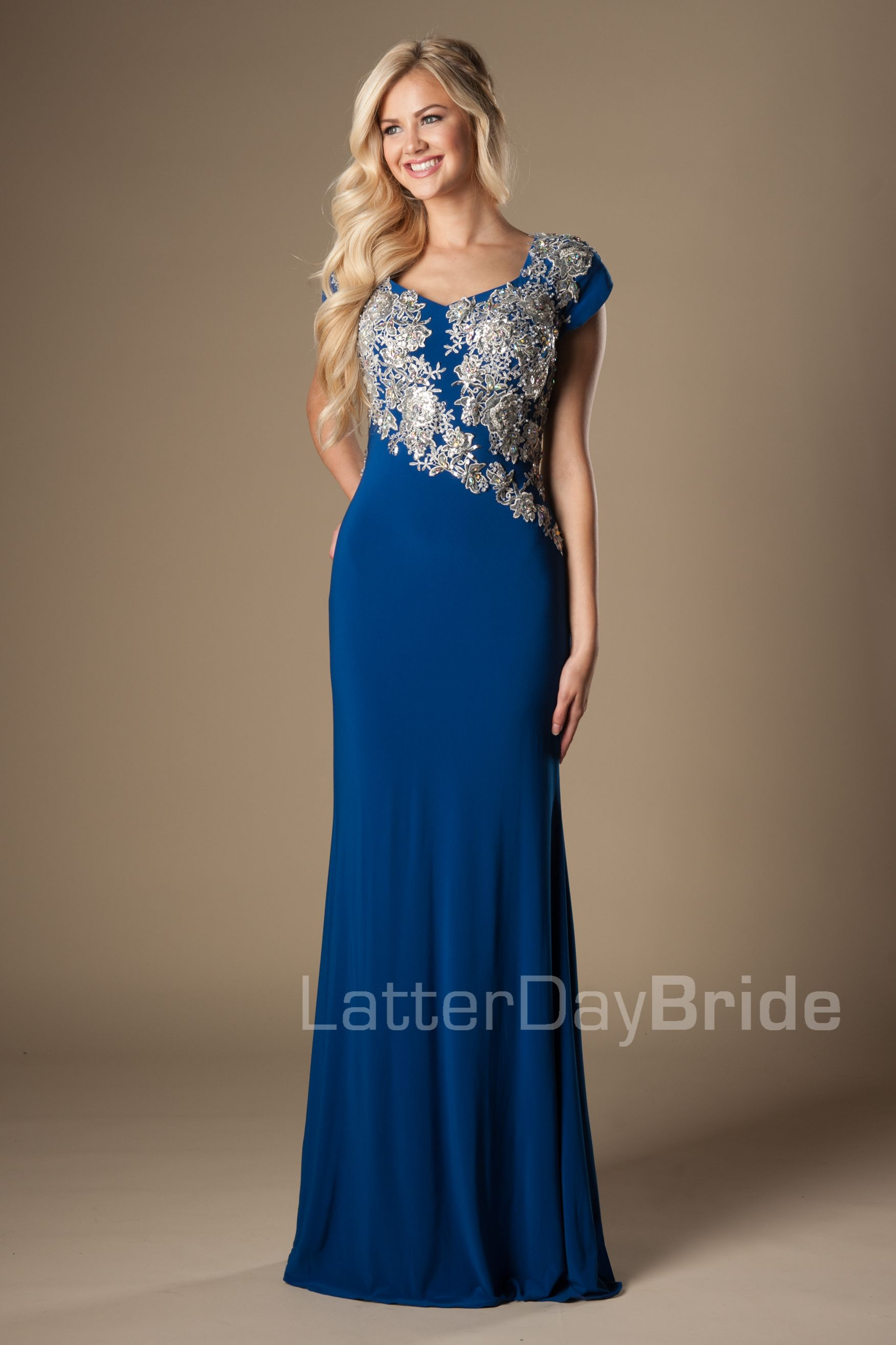 Sheath prom chase dressesclothes pinterest prom modest