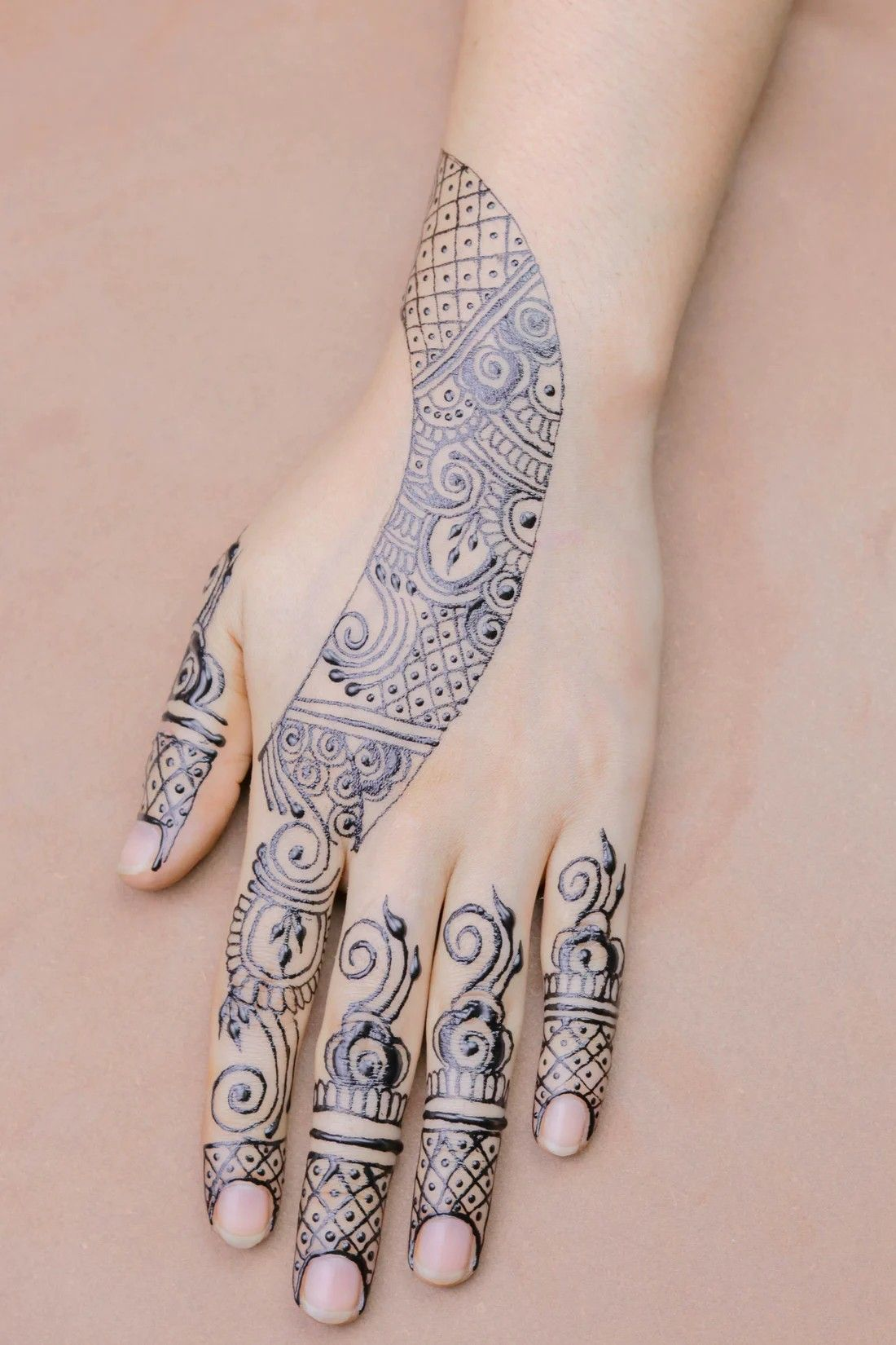 Pin By Allypally Glenconner On Mehndi Tattoos Present For Groom Groom Reaction