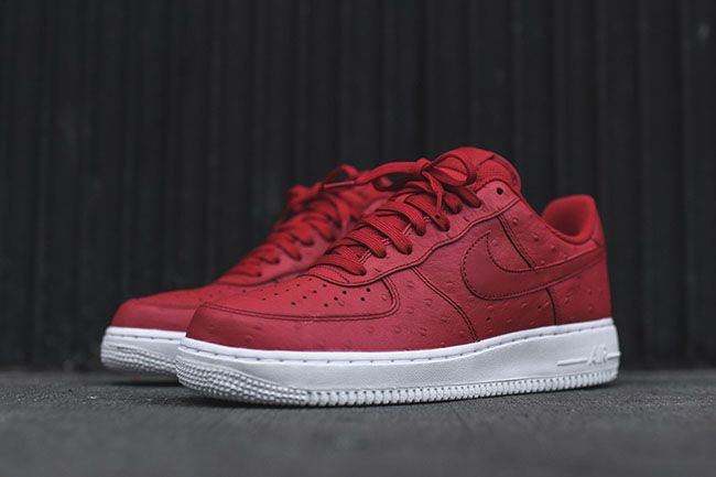 nike air force 1 07 low red and white blood