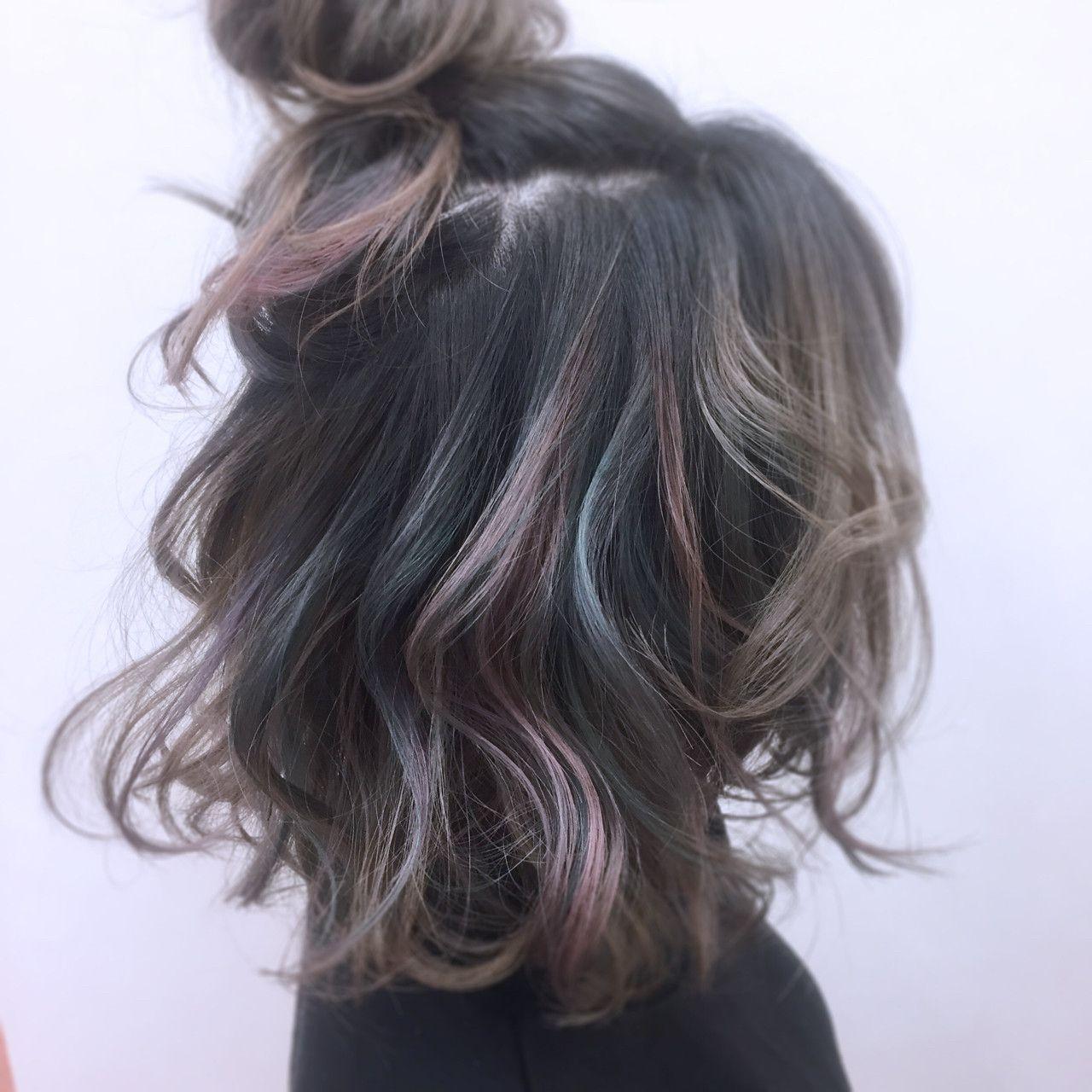 Grey With Peacock Tint 髪 色 ヘアカラー 簡単ヘア