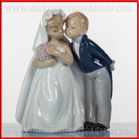 Bomboniere Matrimonio Outlet Online.Morena Bomboniere Matrimonio Porcellana Statuine Sposi Bacio