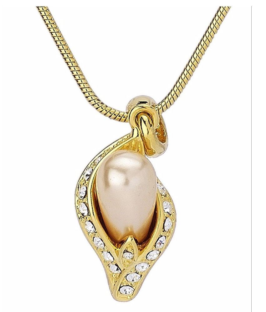 Scintillating gold plated pendant with pink pearl and crystals