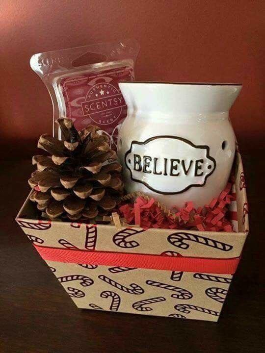SCENTSY CHRISTMAS GIFT BASKETS!!! Name your price, warmer ...