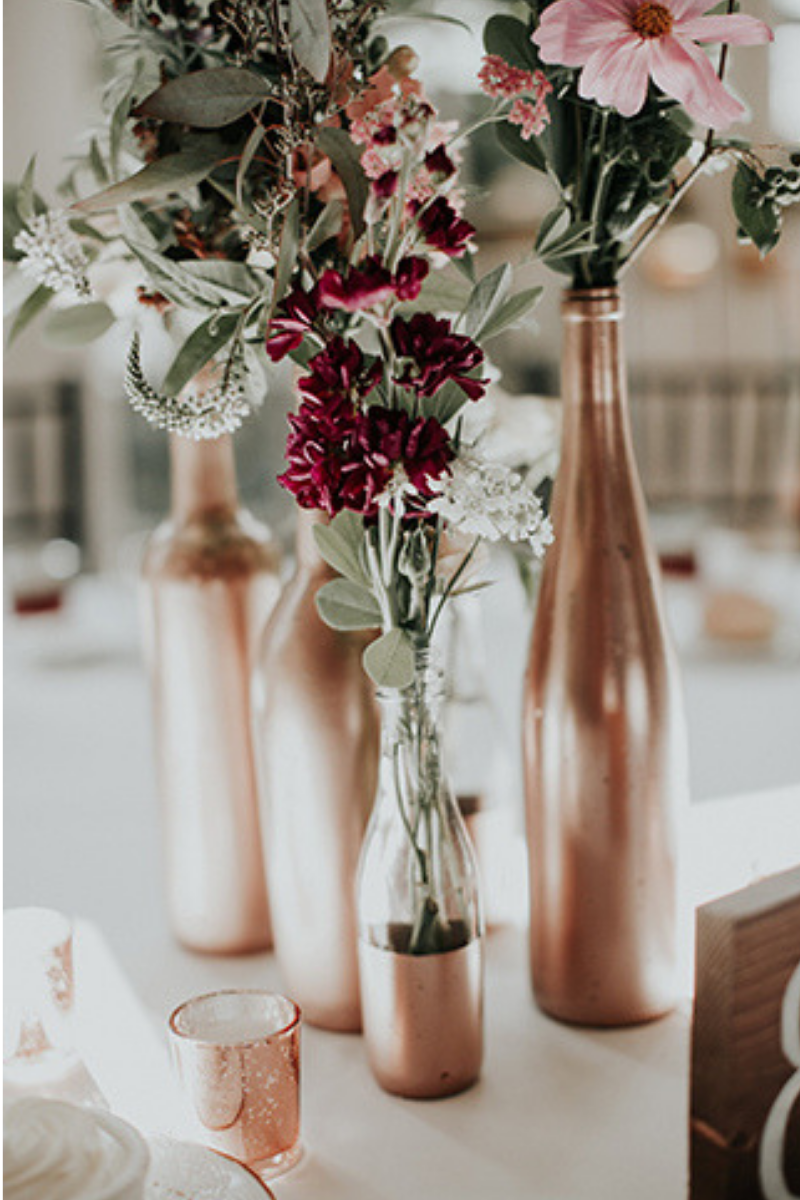 8 Wedding Wine Bottle Centrepiece Decor Ideas