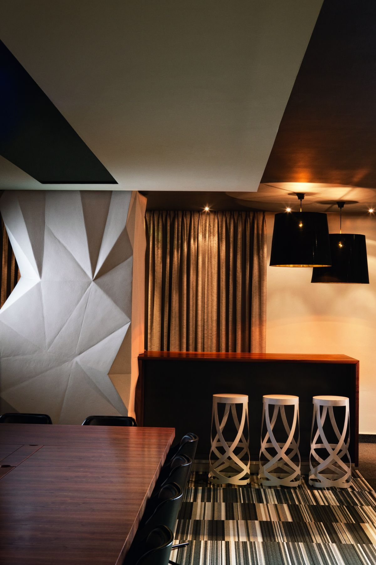 bar of Expressive Office Interior in Luxury and Warmth Design ...