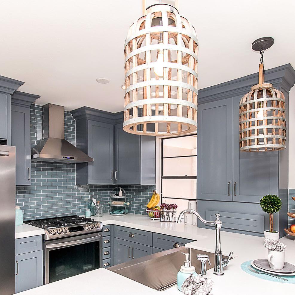 Blue Cabinets with Blue Glass Mosaic Backsplash! Love ...