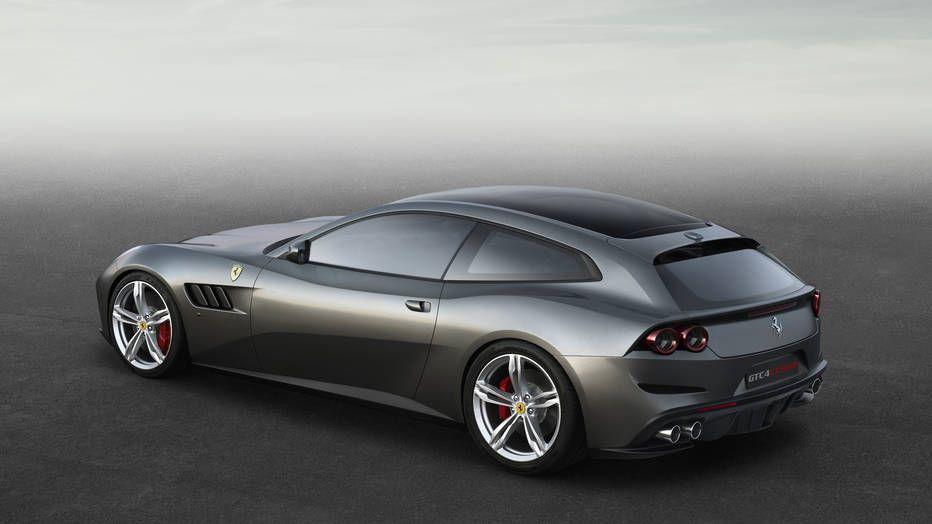 Ferrari GTC4Lusso Photo 9