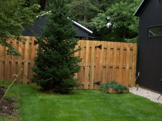 Another option but pretty basic outside ideas for home for Pretty fencing ideas