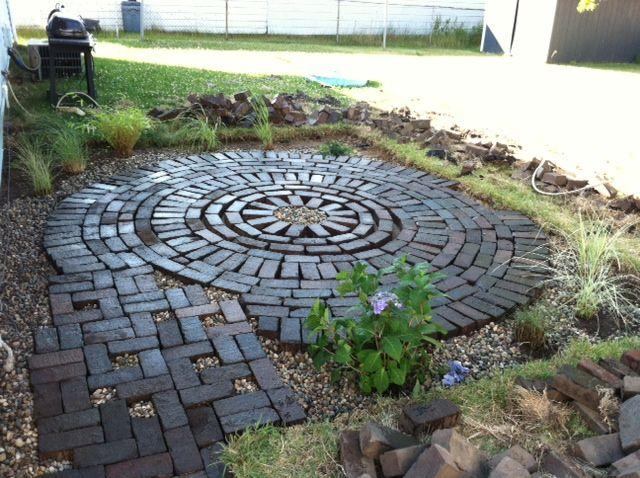 Creative Endeavors: Brick Patio Tutorial. Circular ...