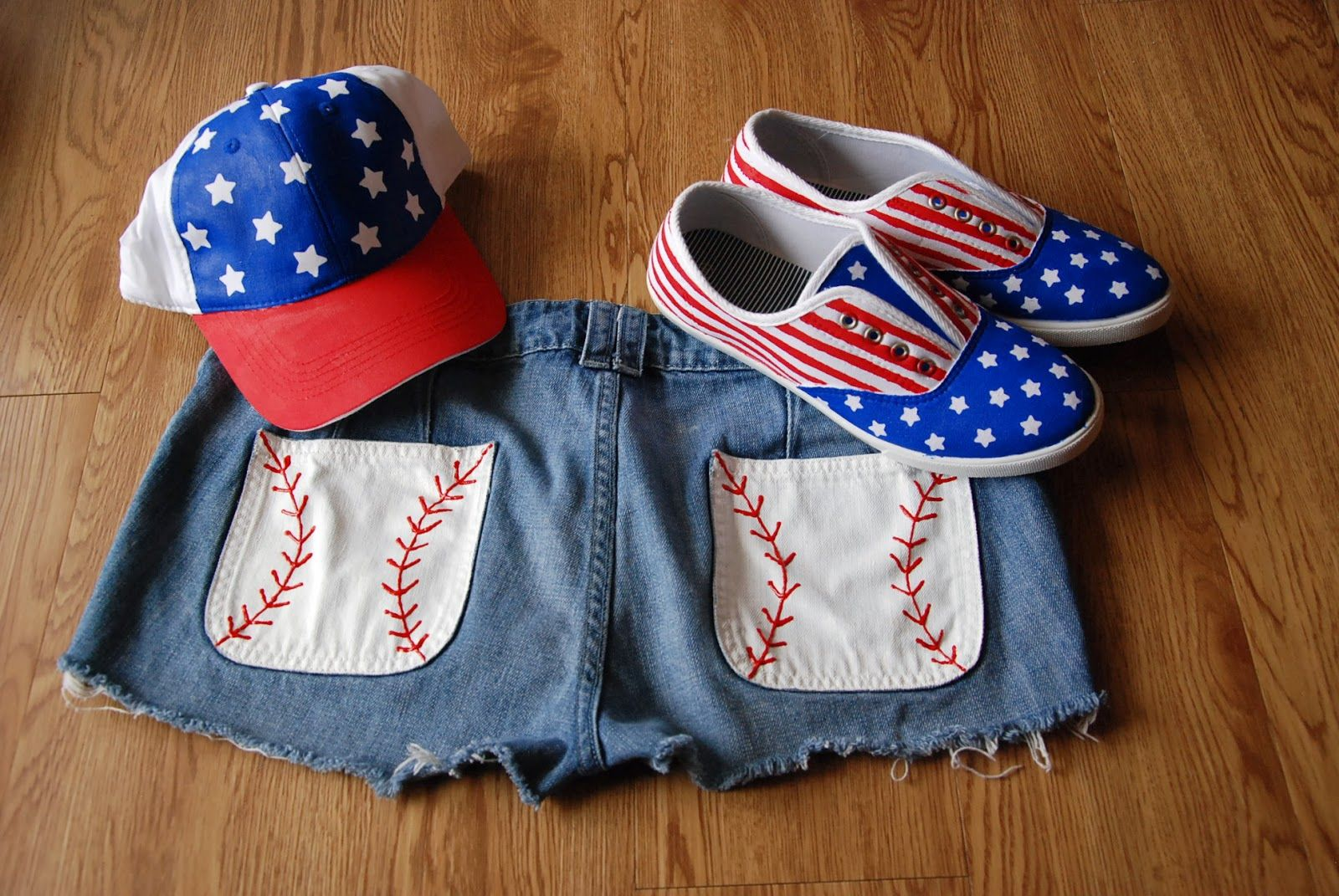 4th of July outfit!! shorts, hat, and shoes!!