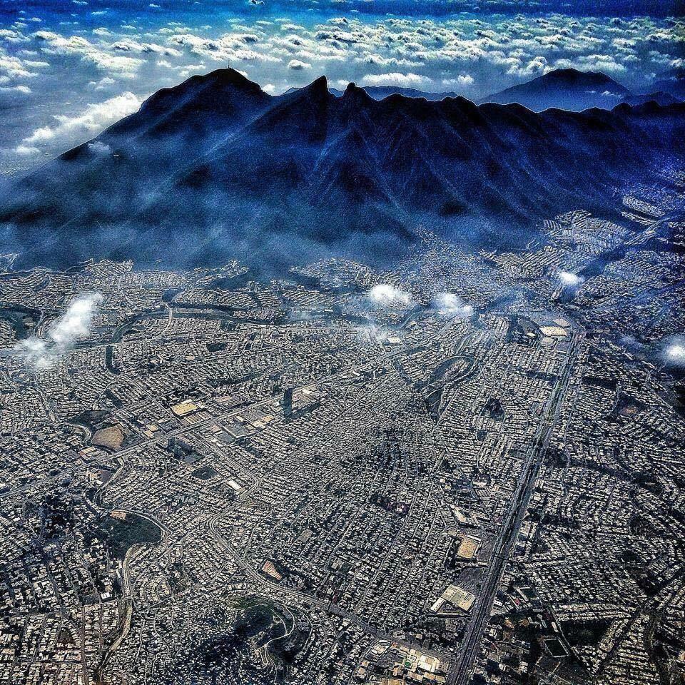 Espectacular! Monterrey desde el cielo. Vía @BronikF: | Fotos ...