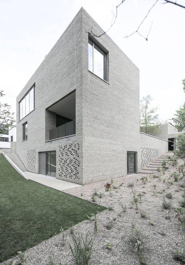 wohnhaus z in frankfurt bayer und strobel architekten. Black Bedroom Furniture Sets. Home Design Ideas