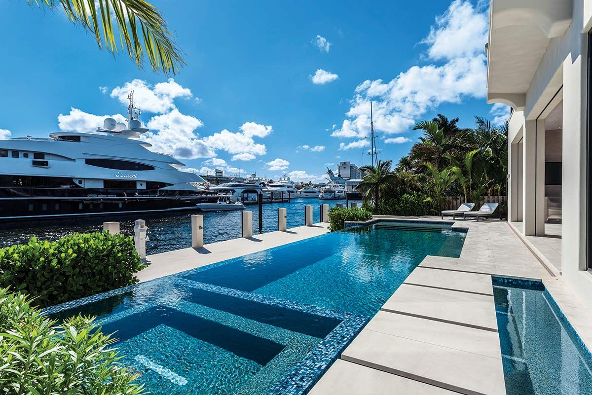 A Boater S Paradise Miami Houses Swimming Pool Designs Florida