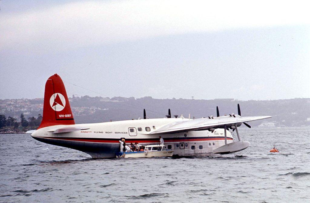 Ansett sunderland flying boat vhbrf disembarking