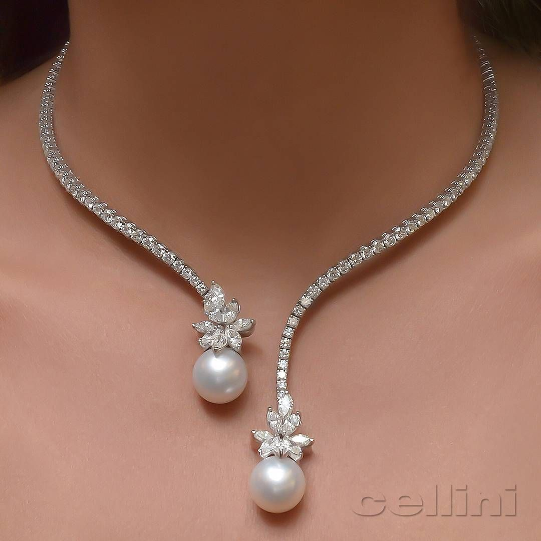 Lovely necklace of pearls and diamonds | Jewelry ...