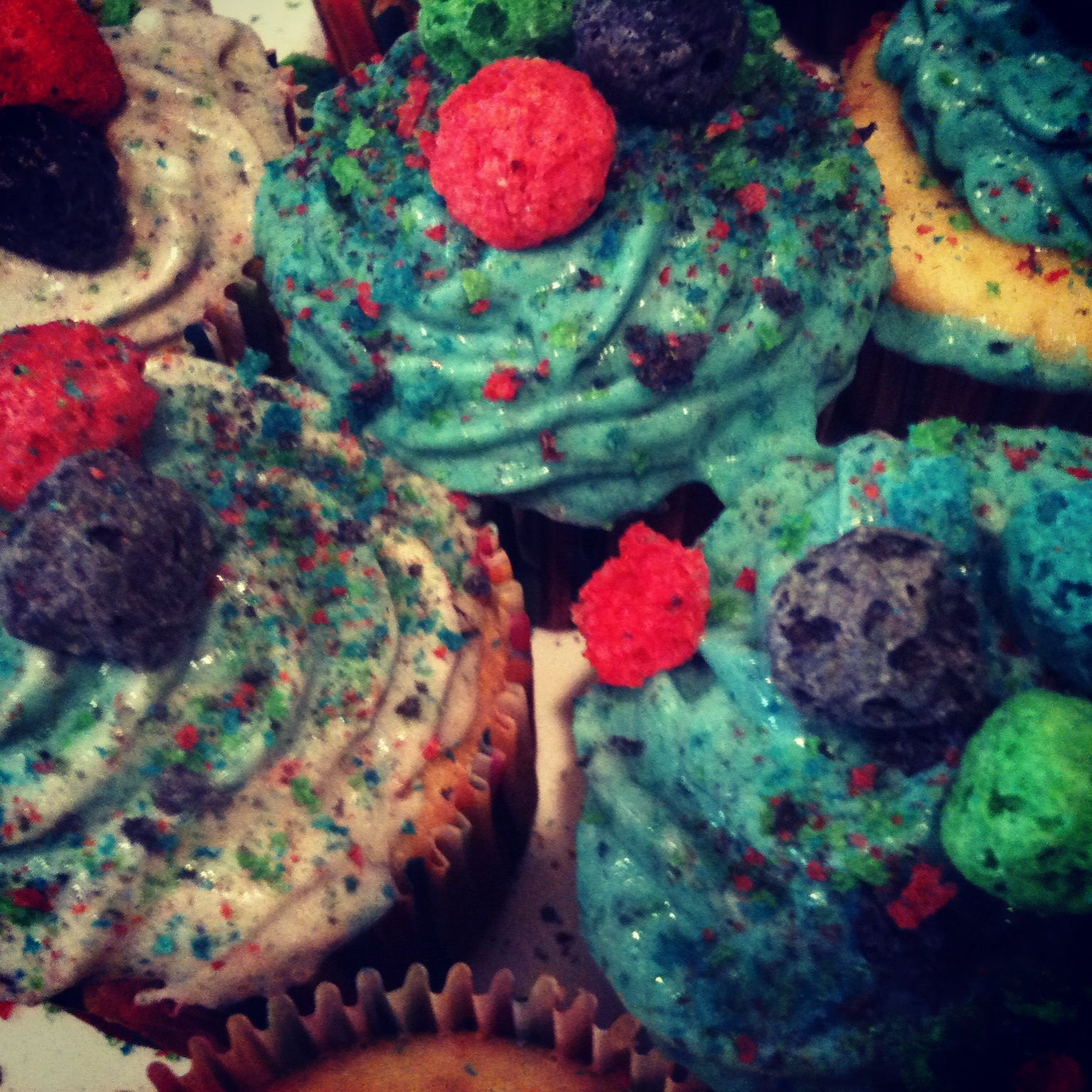 Cap N Crunch Cupcakes With Oops All Berries Cream Cheese Buttercream Yummy Sweets Crunch Berries My Favorite Food Work the mixture with a pastry cutter or your hands until it resembles coarse meal. cap n crunch cupcakes with oops all