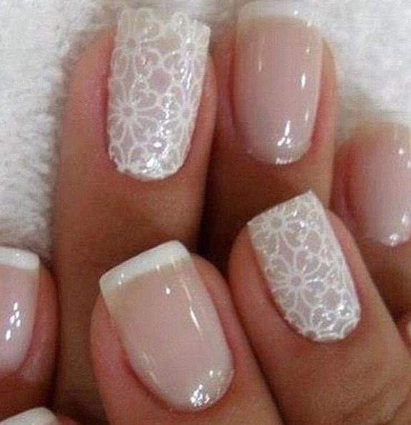 White flower / simple and effective nail art