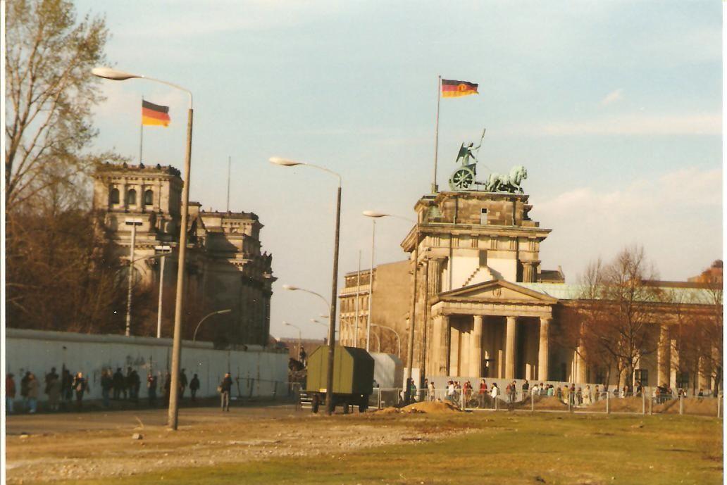 Brandenburg Tor Mauer Und Reichstag Berliner Mauer Berlin Geschichte Berlin