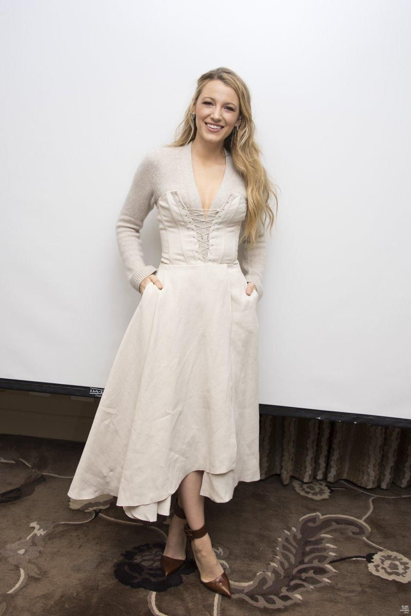 Blake Lively Style All I See Is You Press Conference October 10, 2017   Star Style - Celebrity fashion#blake #celebrity #conference #fashion #lively #october #press #star #style