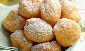 Sweet Life: Ricette dolci di Carnevale: Frittelle, Chiacchere - Crostoli, Strufoli (versione cotti al forno)